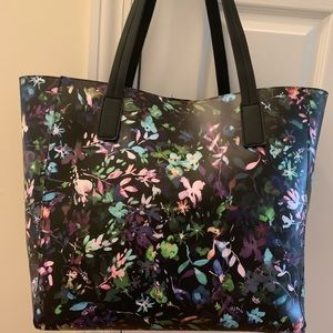 Tommy Bahama floral tote